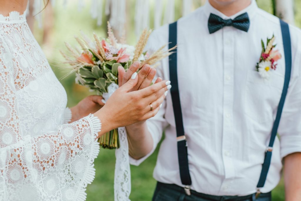Motywy natury na ślubie